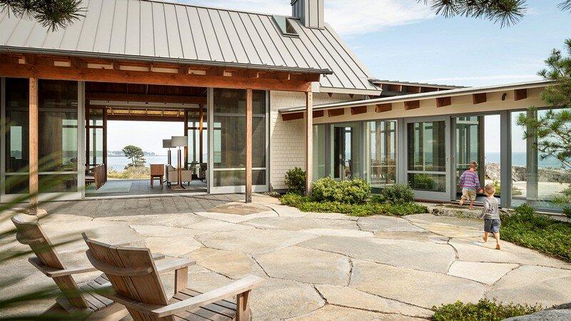 Oceanfront Retreat 13