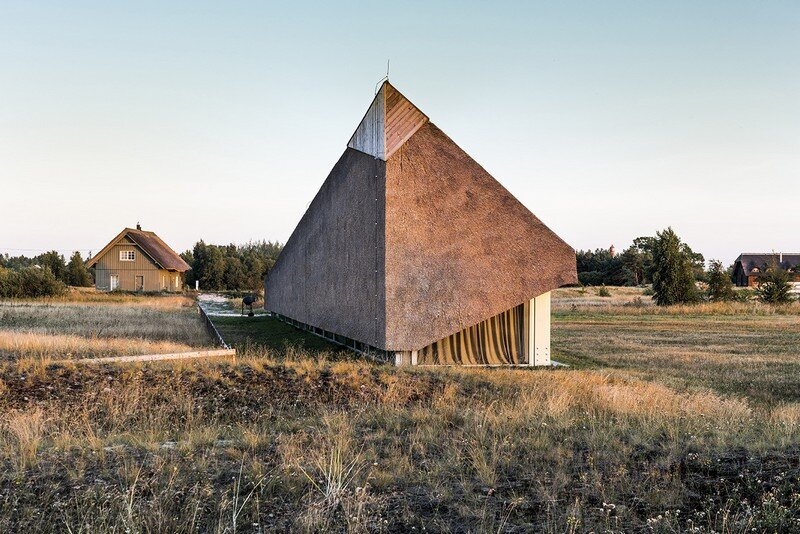 The Dune House 11