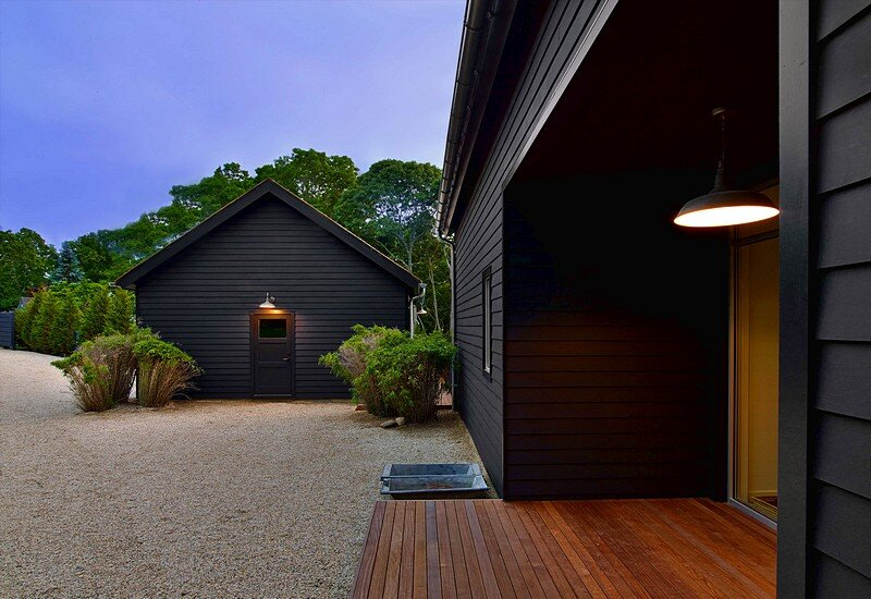 Black Barn In East Hampton Mark Zeff