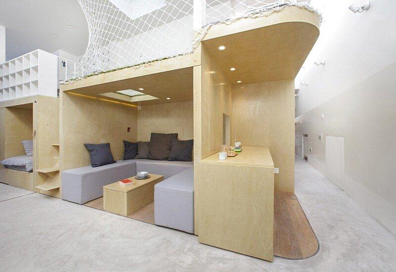 L-shaped House 15