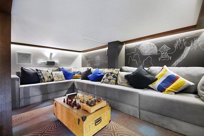 Loft-Style Apartment 9