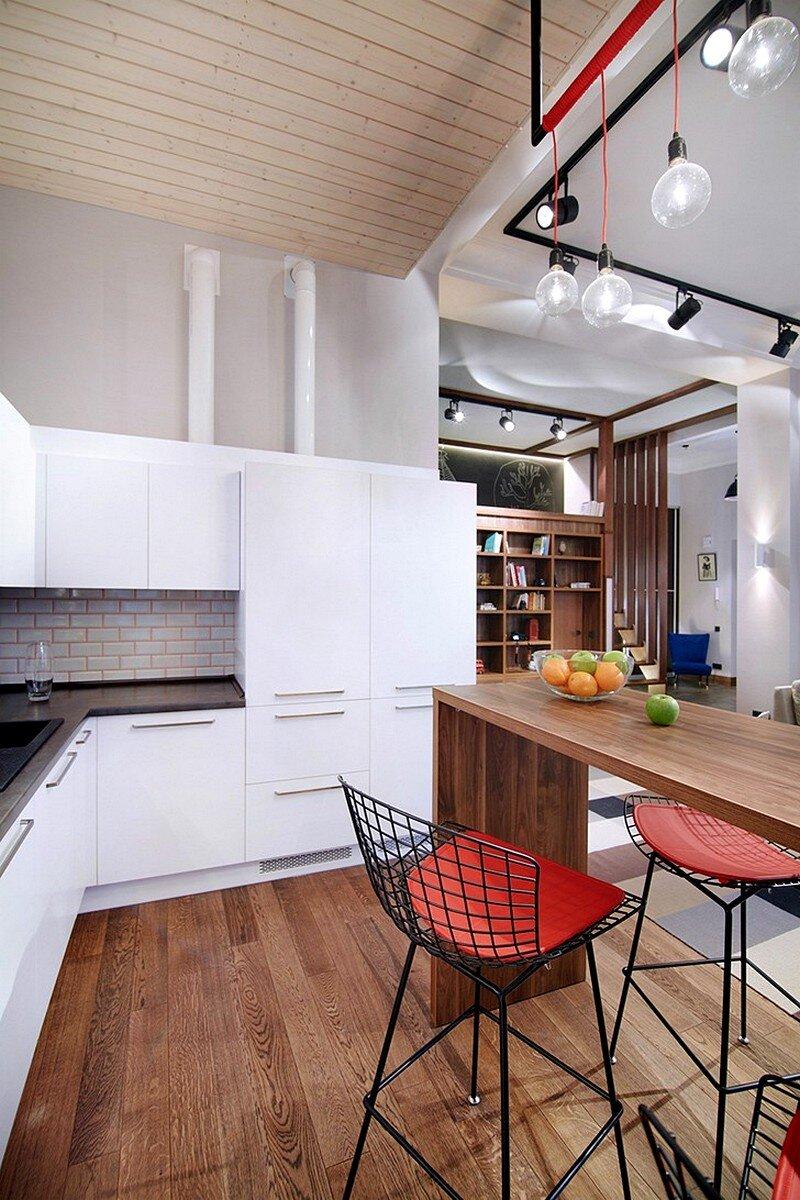 Loft-Style Apartment 6