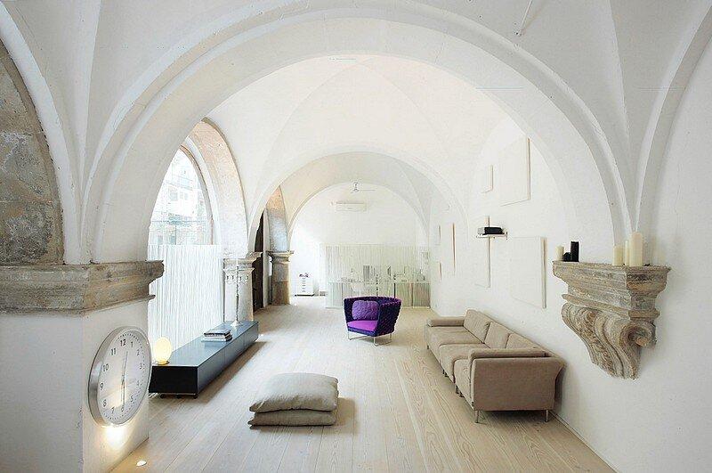 Modern Restoration Gothic, Barcelona 1