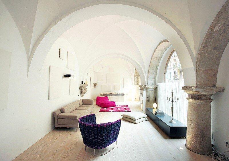 Modern Restoration Gothic, Barcelona 5
