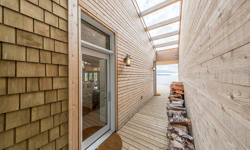 Wooden Beach Cottage 3