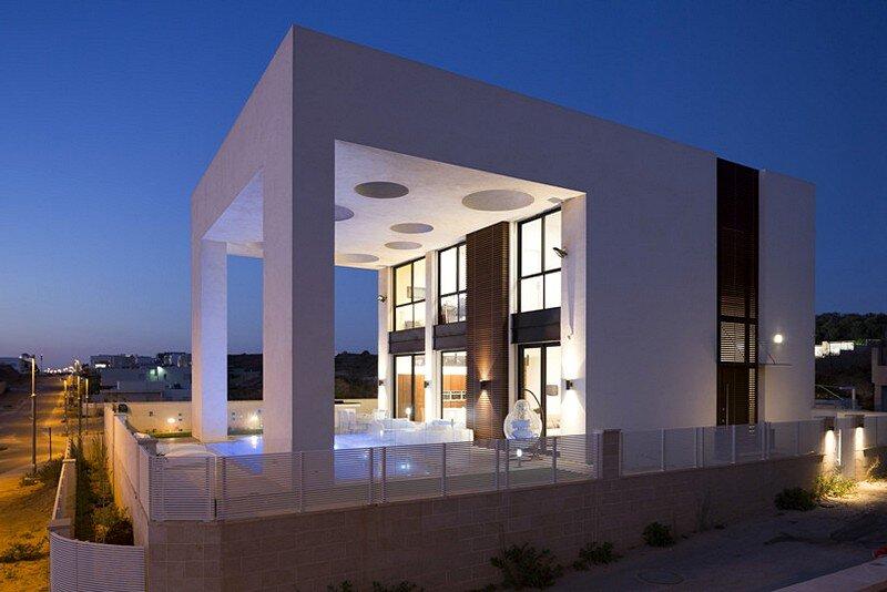 Eirus House 19