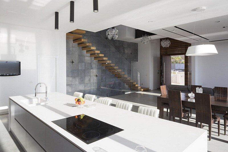 Eirus House 6