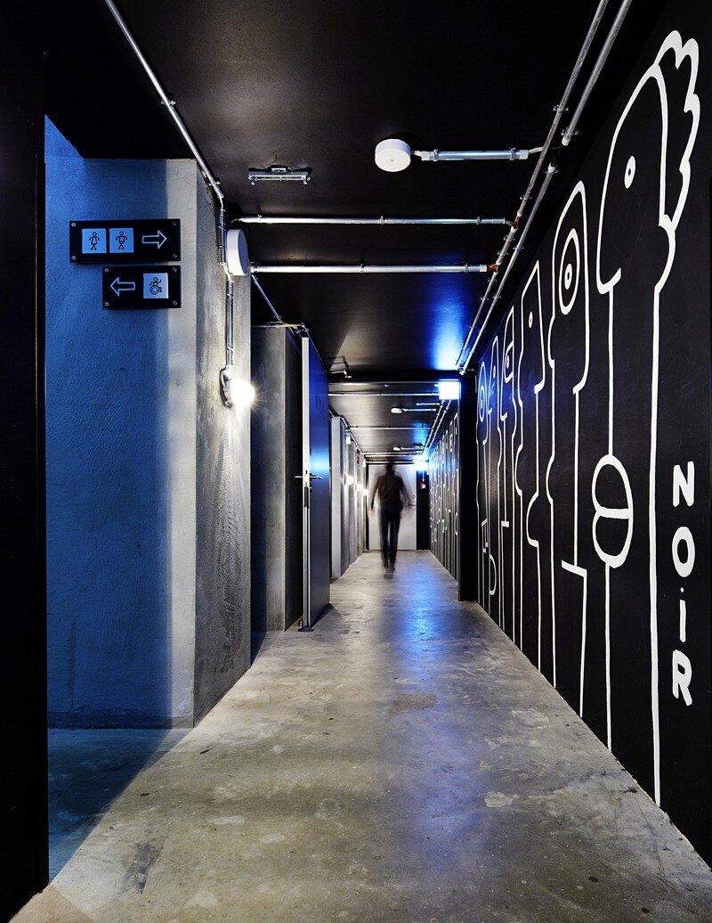 generator berlin mitte hostel distinctive and eclectic urban design. Black Bedroom Furniture Sets. Home Design Ideas