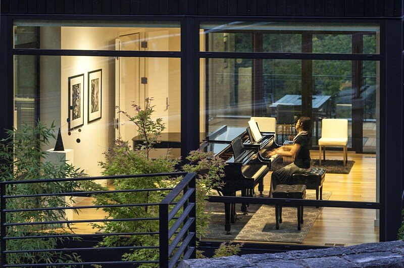Music Box Residence 4