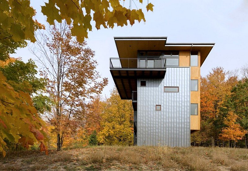 Tower House – Sustainable Retreat by Prentiss Balance Wickline Architects