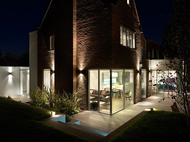 Wimbledon House – Contemporary Restoration and Extension of a 1950s Detached Family Home