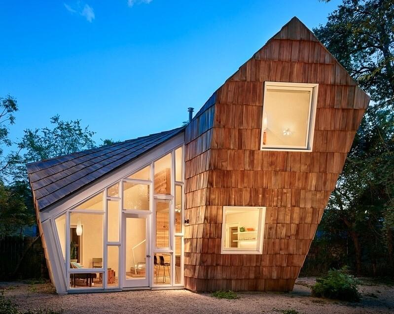 Cedar Shake Cottage – Tiny House by Studio 512