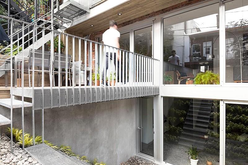 Chabot House 18