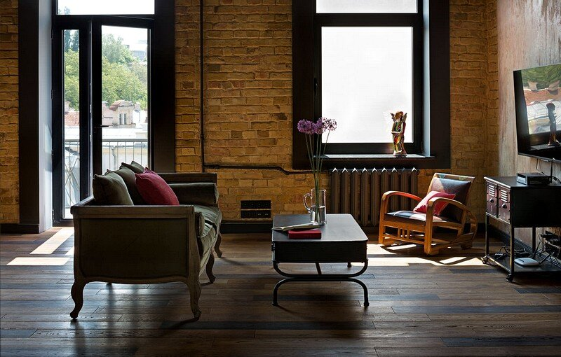 Comfortable Loft for a Young Girl 5