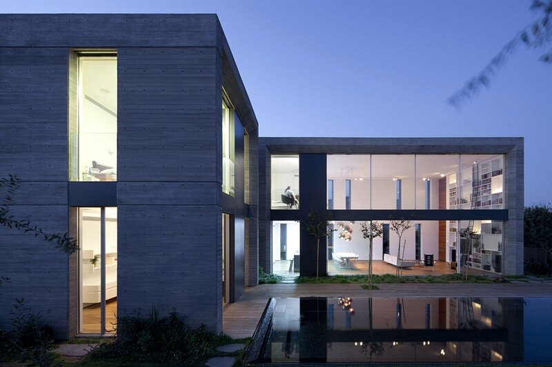 Modern Concrete House 17
