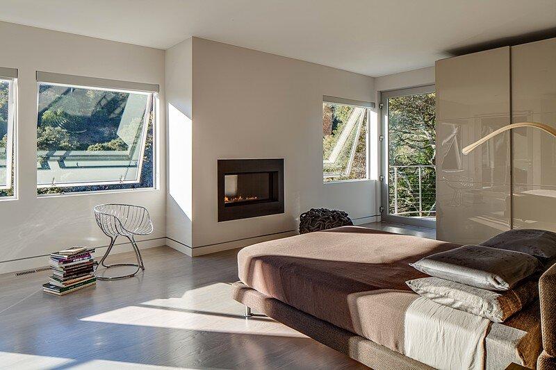 Modernist House 15