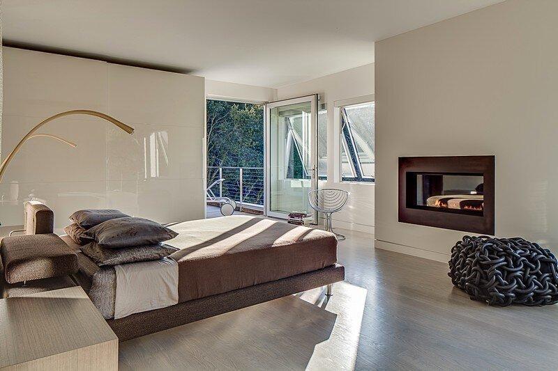 Modernist House 16