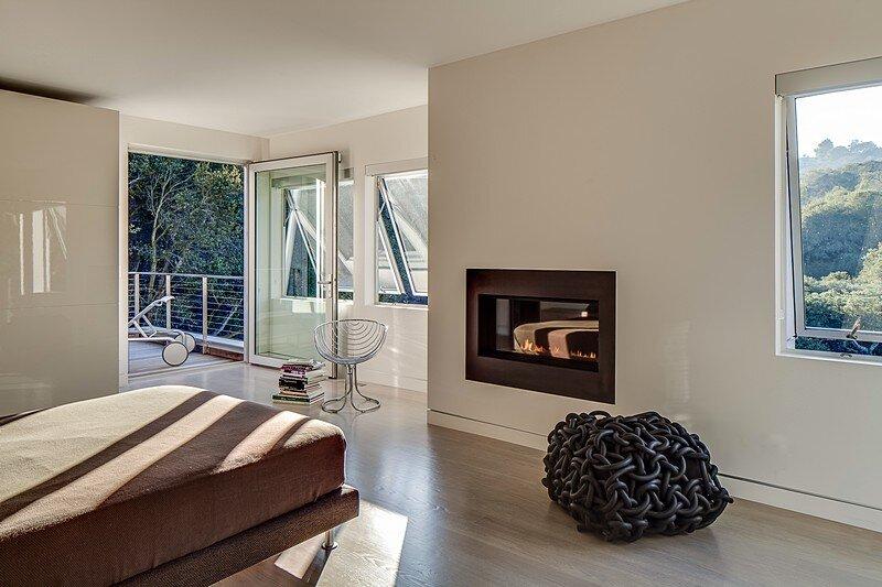 Modernist House 18