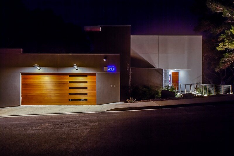 Modernist House 22