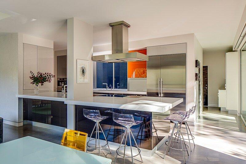 Modernist House 5
