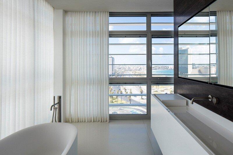 N Apartment 18