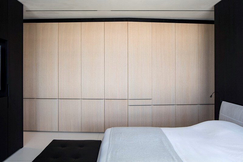 N Apartment 17