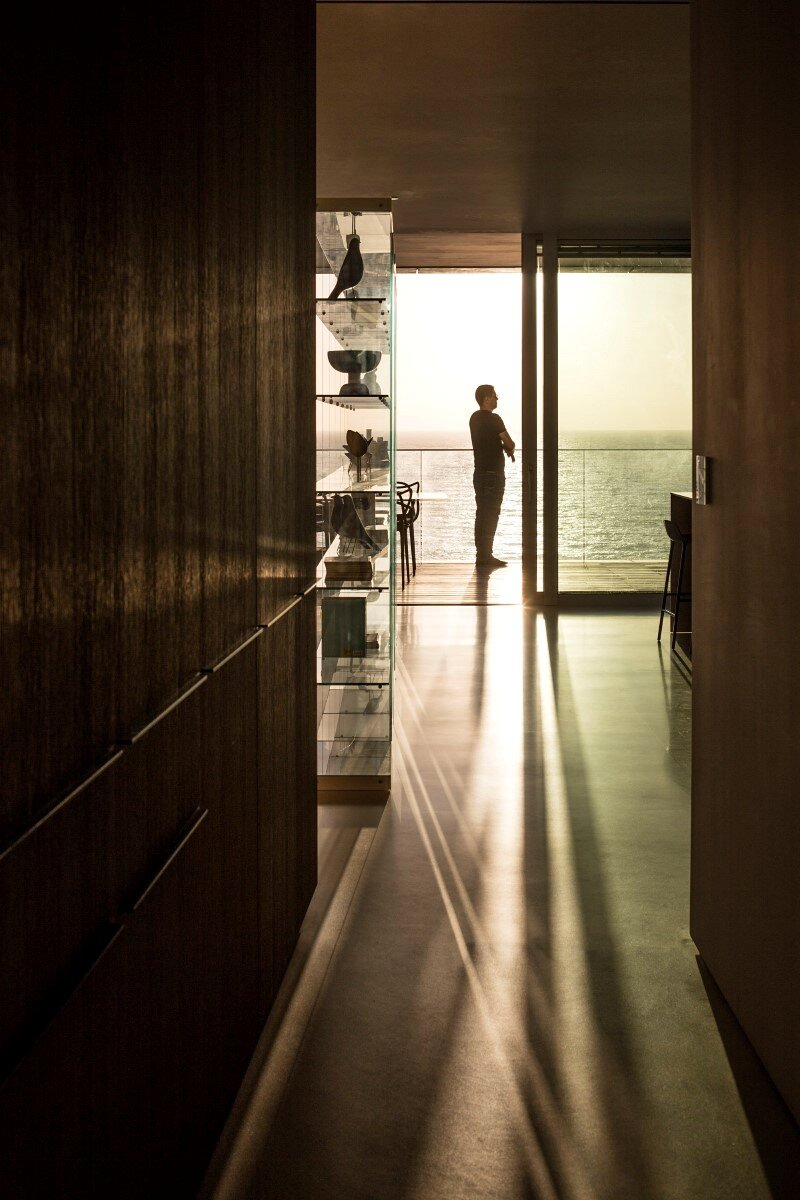 N Apartment 19