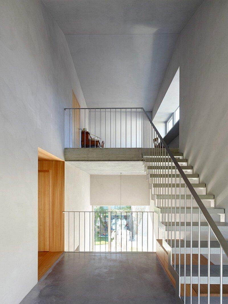 Reynard Rossi-Udry House 9