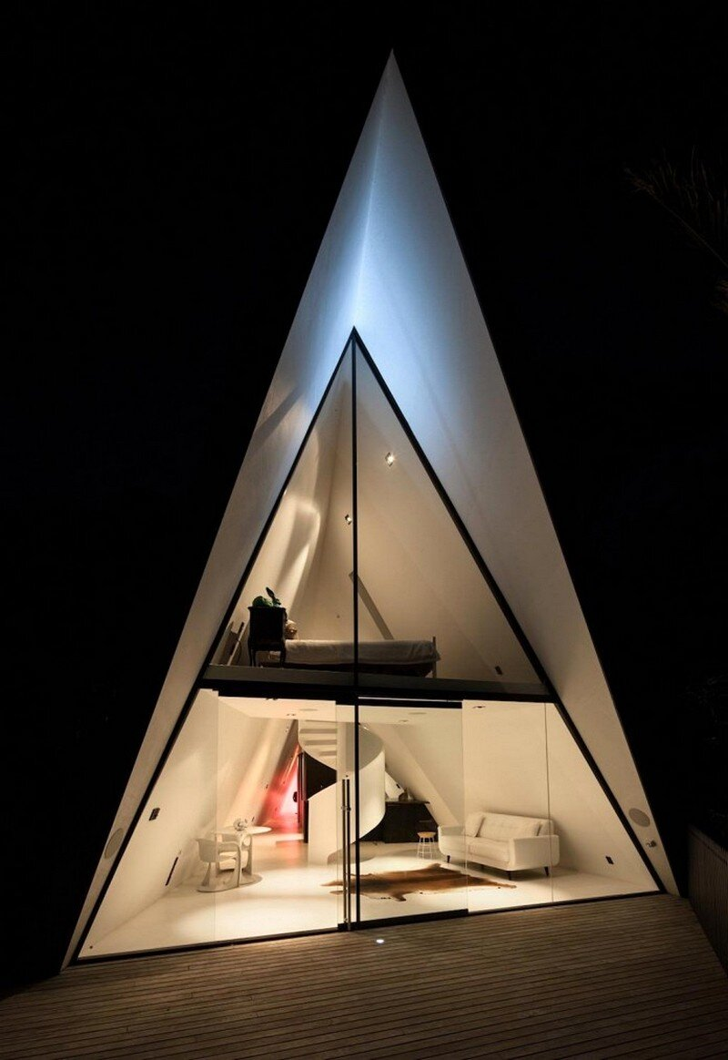 Tent House 13