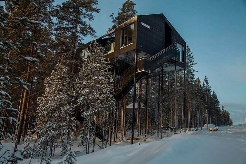 The 7th Room – a Treetop Cabin in Northern Sweden