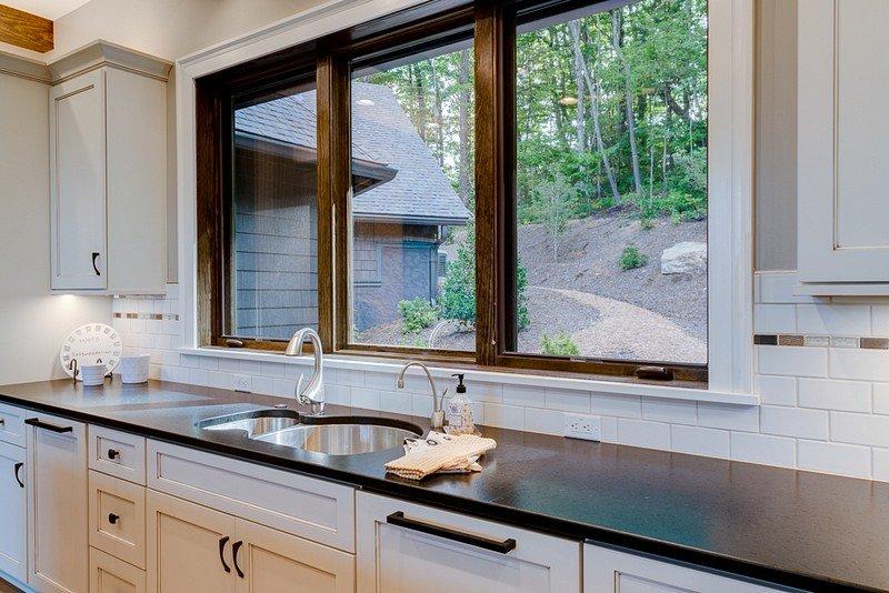 Waynesville Mountain Modern Craftsman House 10