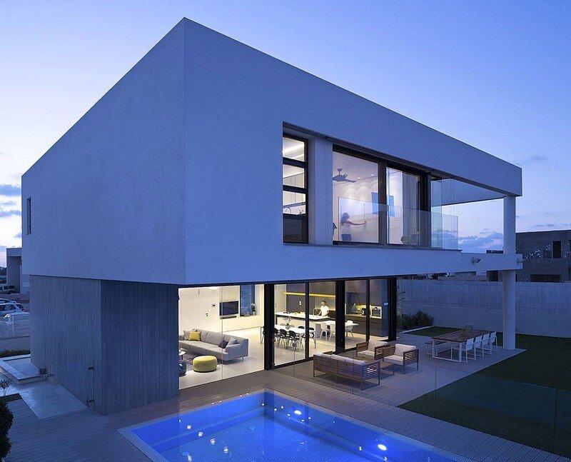 Za House
