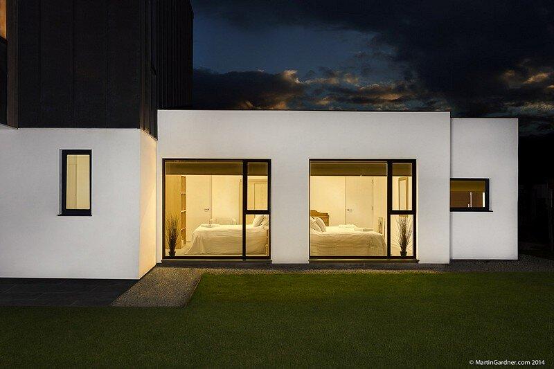 Zinc House 14