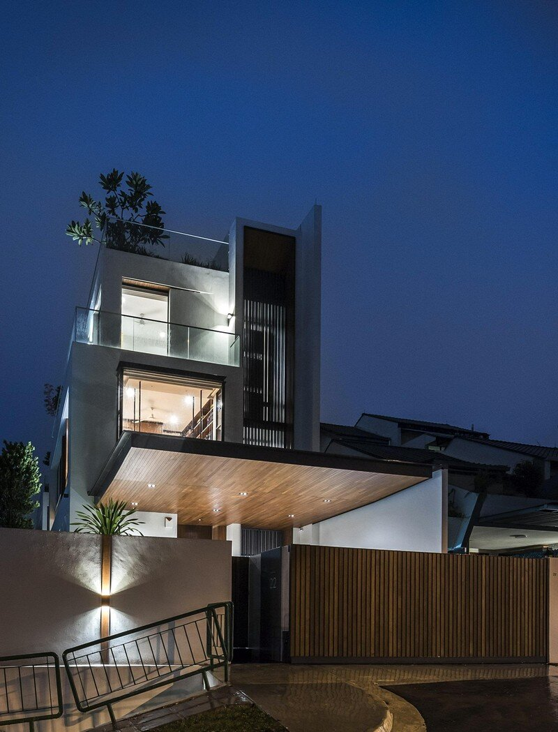 Courtyard Residence 14