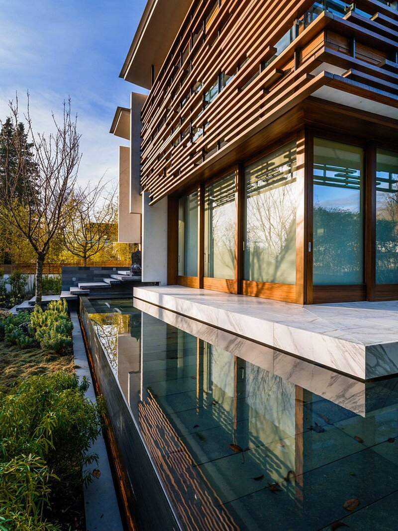 Floating House / Arno Matis Architecture 16