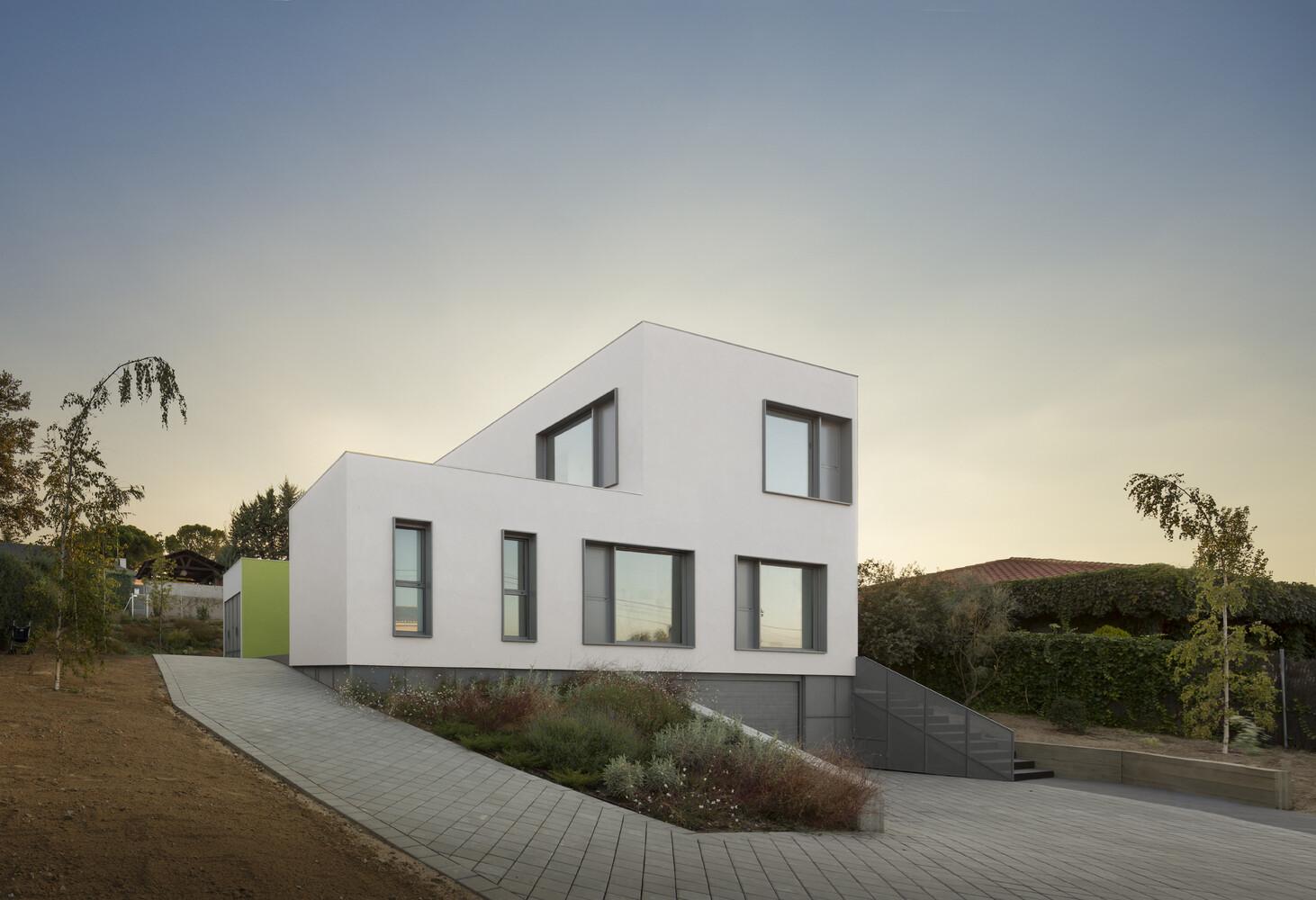 Marbel House 13