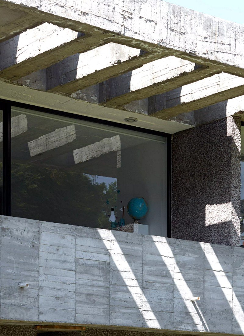 Mexico City Concrete Home 16