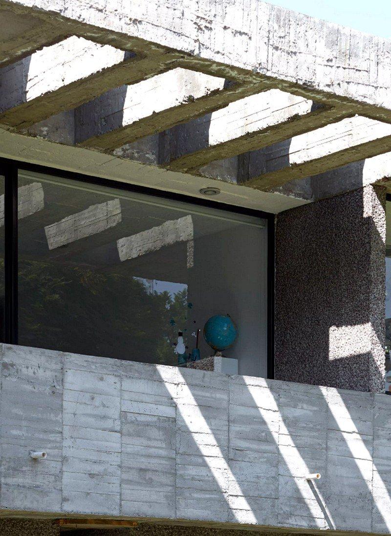 Mexico City Concrete Home 16