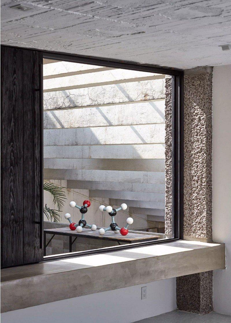 Mexico City Concrete Home 14
