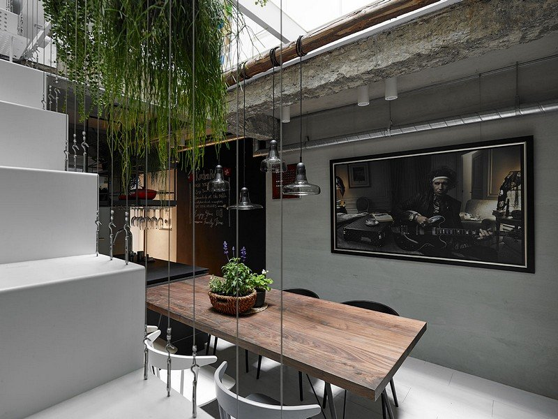 Old Three-Story Townhouse Renovated in Taipei 4