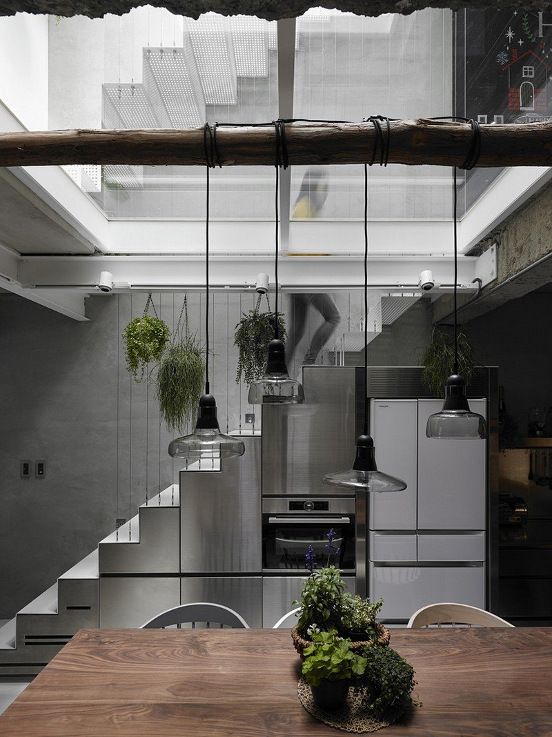 Old Three-Story Townhouse Renovated in Taipei 2