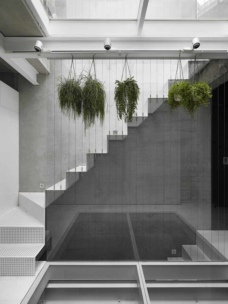 Old Three-Story Townhouse Renovated in Taipei 8