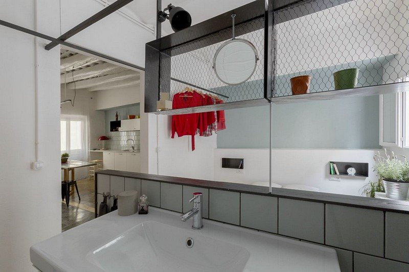 Roc Cube Apartment in Barcelona 12