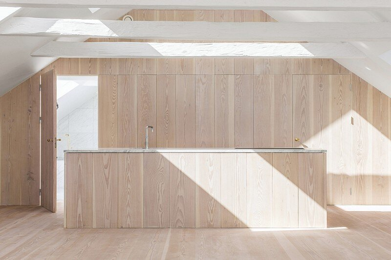 Studiomama Completes Renovation of Apartments in 1720s House 3
