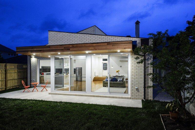 Victorian Brick House 11