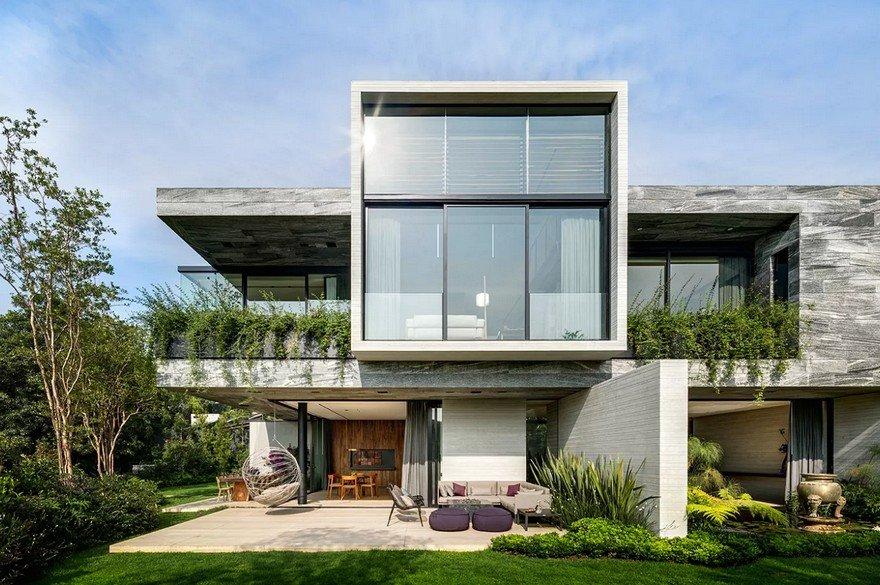 Casa O Cuatro / Migdal Arquitectos