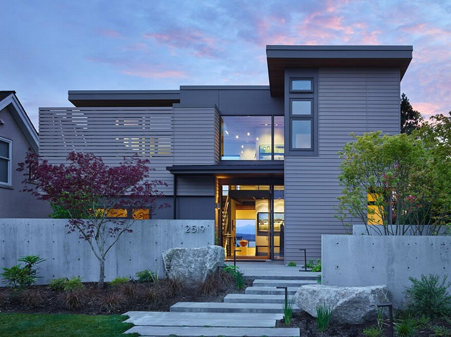 Gallery Residence / DeForest Architects