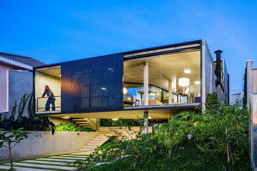 Lens House / Obra Arquitetos