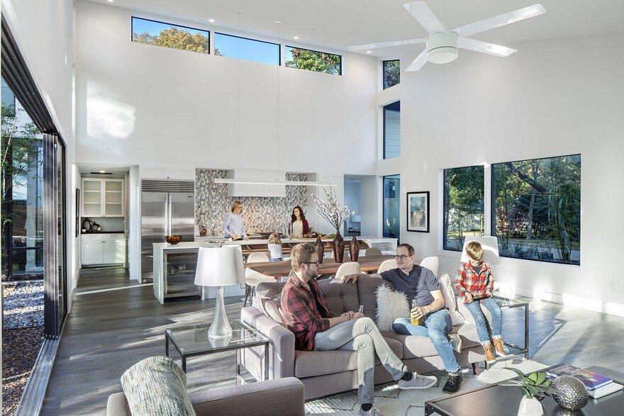 Strass Residence / Matt Fajkus Architecture