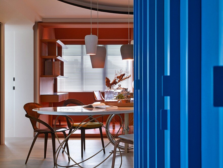 Vivid Color Apartment in the Downtown of Taipei City / Waterfrom Design